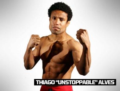 TIME WERDUM: Tiago Alves, o Unstoppable, tem 33 anos e 1,79 m. Nascido em São Paulo, está invicto com 3 vitórias, e na sua estreia no reality show conseguiu uma finalização. Ele encaixou uma kimura em Weguimar Big Big no segundo round de luta e garantiu vaga na casa