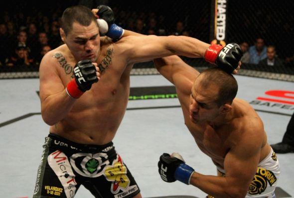 Junior Cigano dos Santos vs. Cain Velasquez
